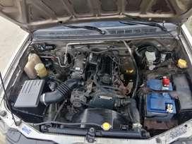 Camioneta doble cabina 4x2 gasolina 2.4L