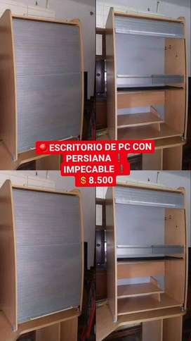 ESCRITORIO DE PC CON CIERRE PERSIANA, IMPECABLE