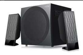 Sistema De Sonido Kalley 2.1 Bluetooth