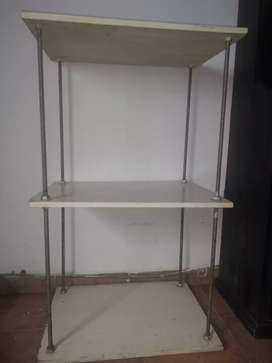 Vendo estante con soporte de melamina, usado