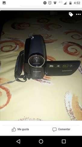 Videocamara Samsung con 2 cassetes