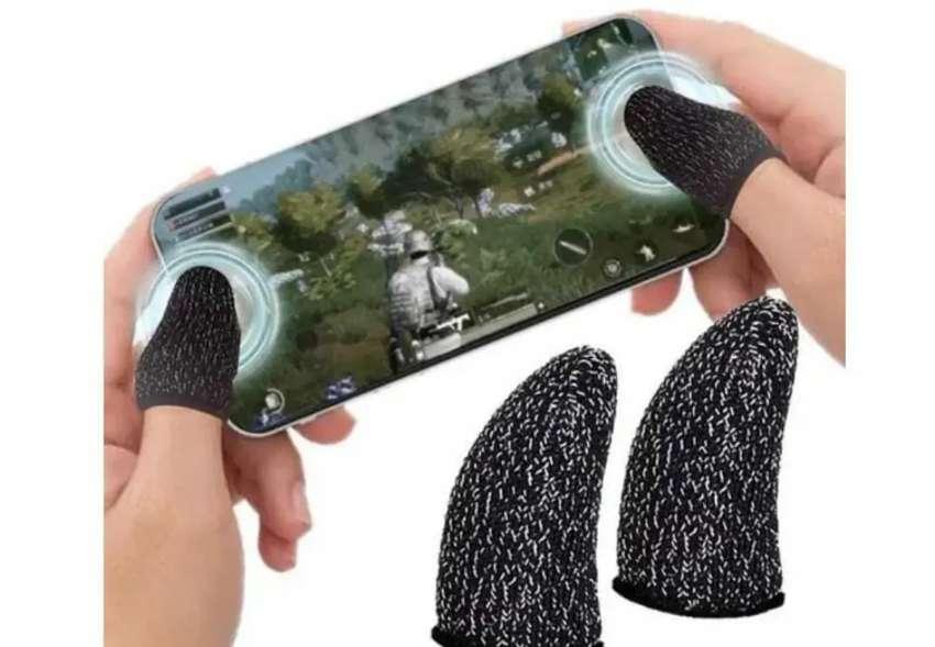 Fundas guantes gamers para dedos