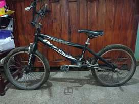 vendo bicicleta bmx marca tótem
