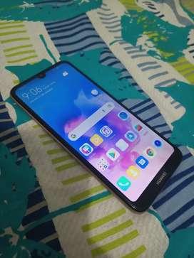 Se vende Huawei y6 2019 ( doble SIM)