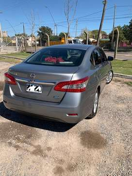 Vendo Nissan Sentra 2015. IMPECABLE!