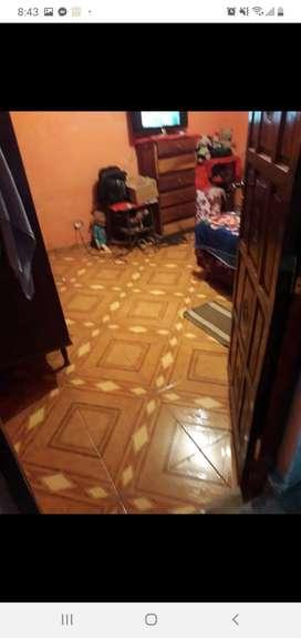 Cenise Bienes Raices- Vende Casa 4 dormitorios Barrio Lomas del Mirador