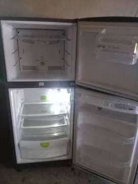 Refrigeradora haceb
