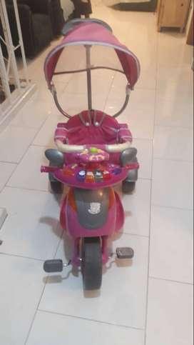 vendo triciclo paseador