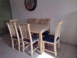 Mesa de Pino sin uso 75 x 140 con 6 sillas