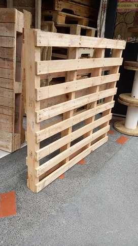 Estibas de madera usadas