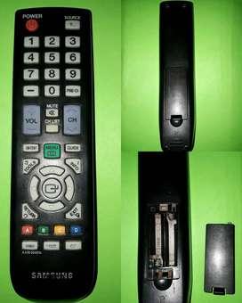 LCD de32 pulgada samsung tiene HDMI-VCD -USB (Reproduce imagen y Audio)