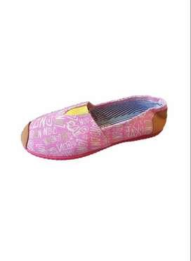 zapatillas suela roja con estampado rosado con envio gratuito