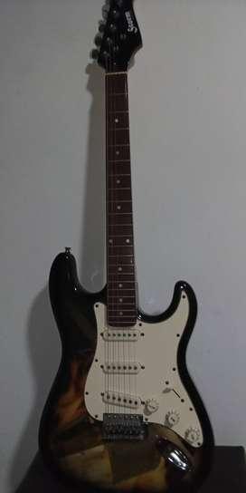 Guitarra eléctrica marca storm, se vende con amplificador y dos uñas en su estuche. Precio negociable
