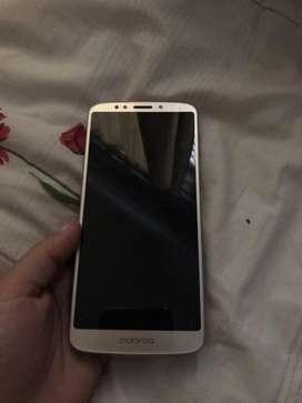 Vendo Motorola E5 Plus
