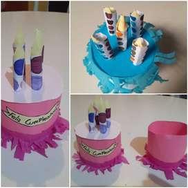 Manualidades torta para mujer.