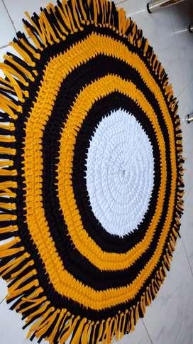 Hermosos tapetes tejidos a mano