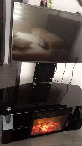 Mesa para tv con chimenea