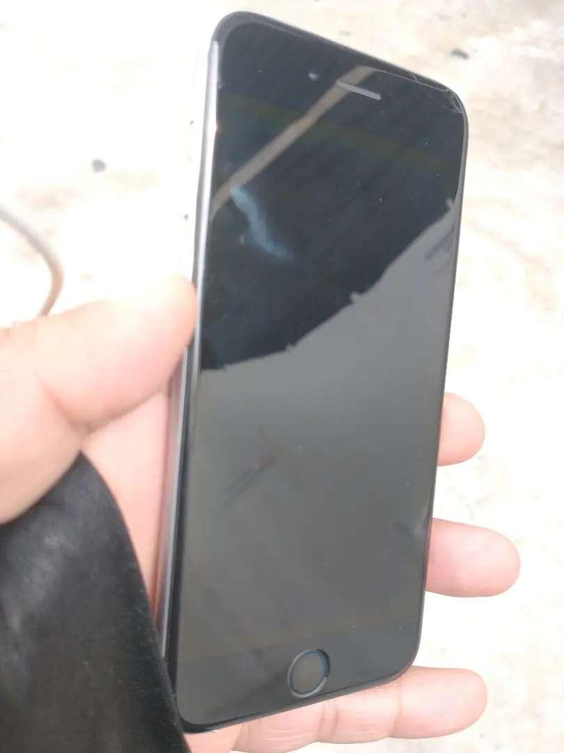 iPhone 6 64gb libre de iCloud 0