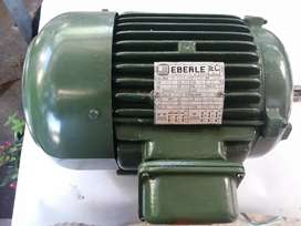 Motor trifasico 4.6 hp