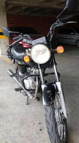 Vendo Moto Boxer 2012.