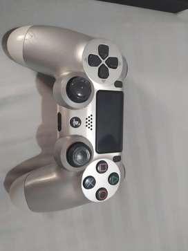 PlayStation 4 con control