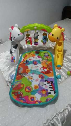 Gimnasio fisher price de segunda