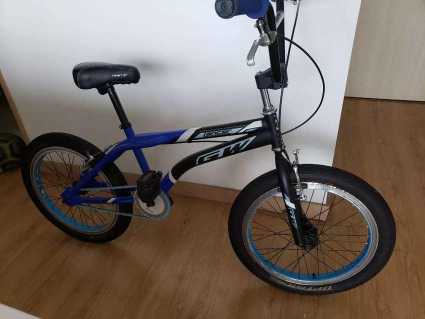 Vendo bici como nueva muy poco uso 0