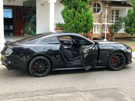 Vendo Mustang 5.0 el mas veloz jeeta