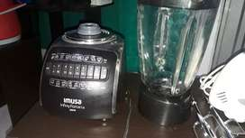 Licuadora Imusa y batidora oster