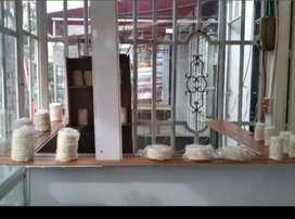 Venta de arepas puerta a puerta, tienda a tienda, vortual o qienes trabajan con comidas calientes