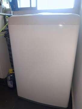 Lavadora LG de 8kg de capacidad