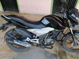 Vendo moto seguro nuevo y tecno mecanica