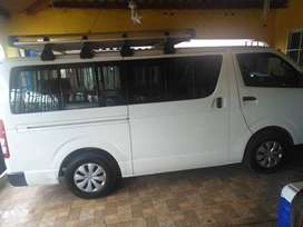 Vendo Hiace 2013 Negociable