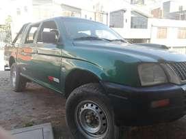 Venta de camioneta mitsubishi año 2004 en buen estado