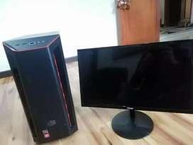Pc gamer con monitor