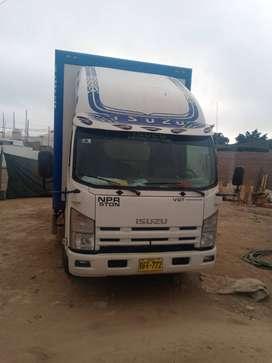 Camion furgon Isuzo