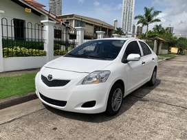 Se vende Toyota Yaris 2013 Impecable!