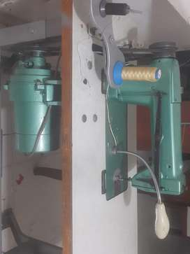 Maquina industrial singer
