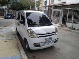 Se vende Camioneta Van N200
