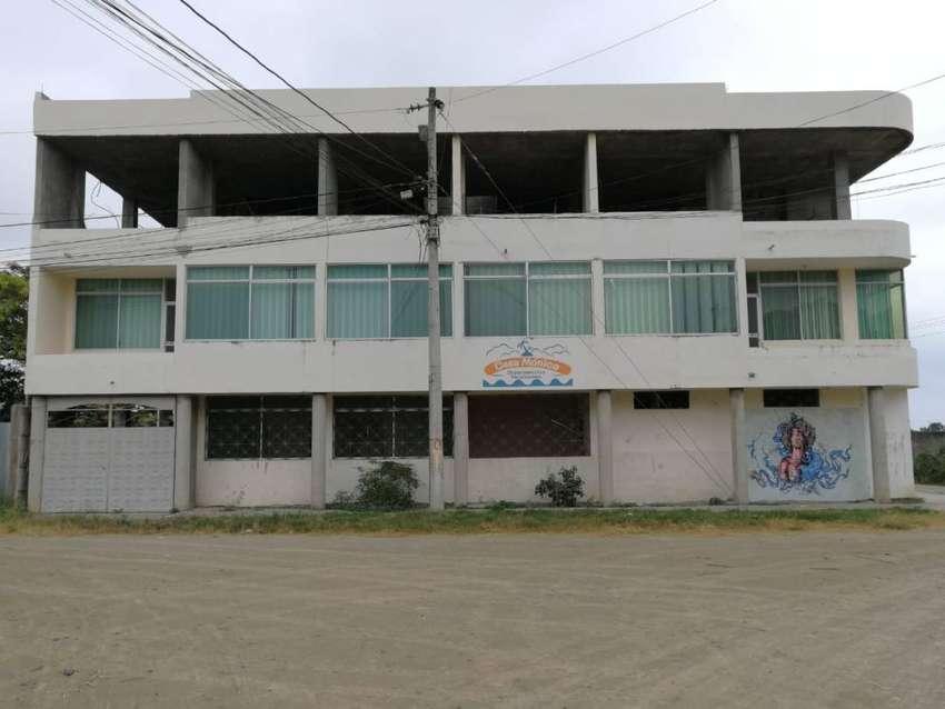 Edificio de Venta en Tonsupa Esmeraldas, Atacames 0