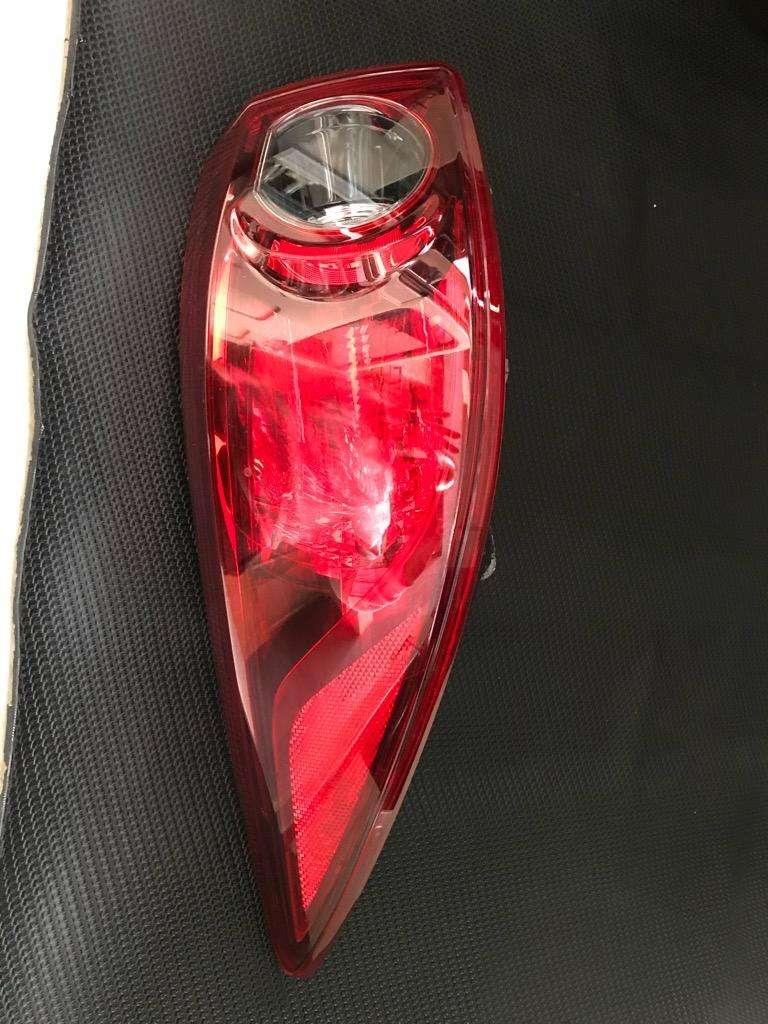 Stop Mazda 3 Touring