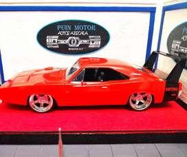 Dodge Charger Daytona - autos escala - colección