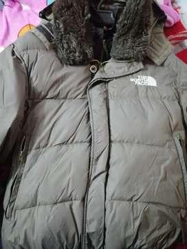Vendo o cambio chaqueta north face plumas