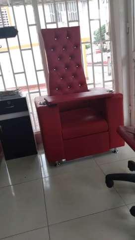Se vende silla de manicurista