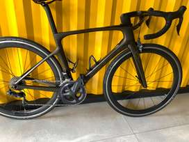 Vendo SCOTT FOIL 10 2019 full carbon manubrio integrado full carbon talla S