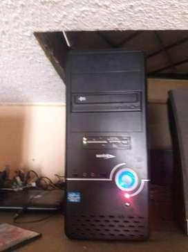 computadora i3 y una AM