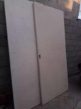 Vendo dos puertas placas para placar o puerta corredizas