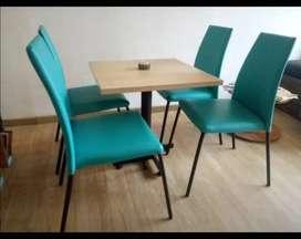 Sillas y Mesas para Restaurante o Cafetería