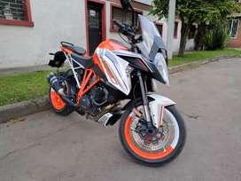 KTM SuperDuke 1290 GT