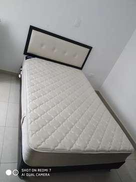 Cama base 1.20 con colchón